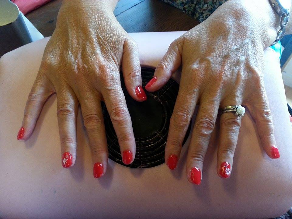 exemple d'ongles en gel